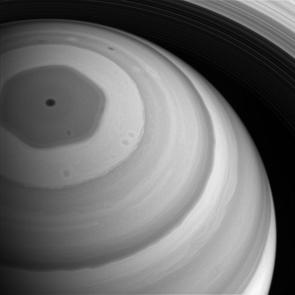 Cassini_Saturn_NP_vortex_PIA20513_295w